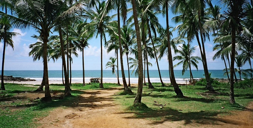 If you want to experience conditions like what you see in this picture, then April to November is the best time to visit Itacare, Brazil